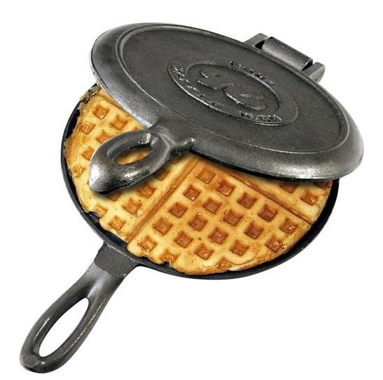 Old Fashioned Cast Iron Skillet